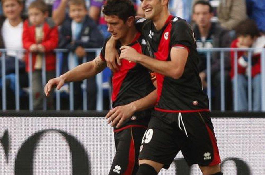 """""""Rayo Vallecano"""" žaidėjai Francisco Medina Piti (dešinėje) ir  Mate Leo"""
