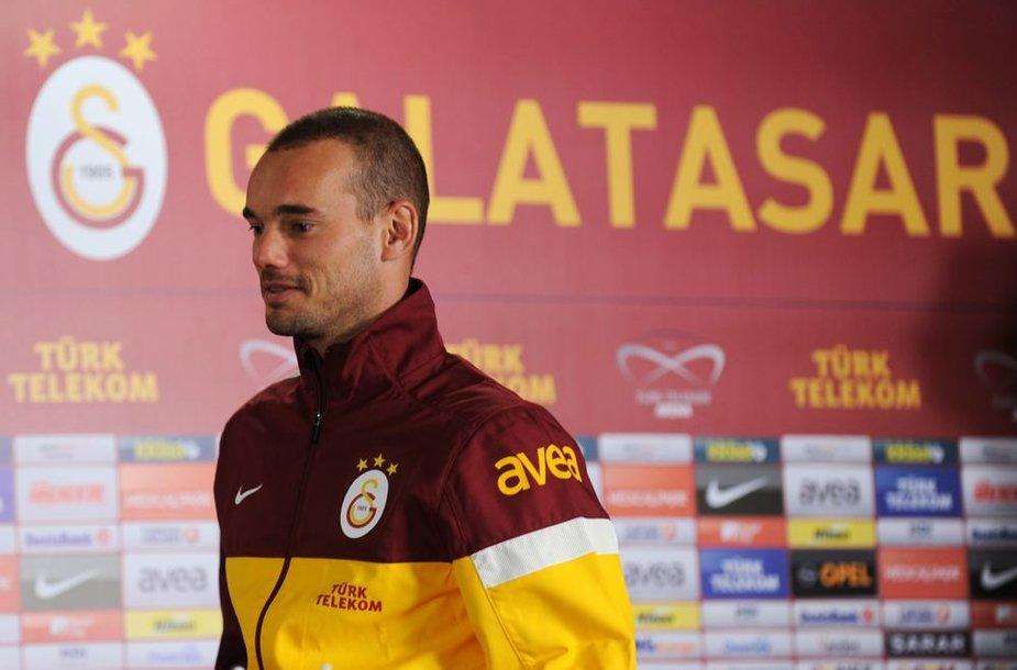 """Wesley Sneijderis persikėlė į Stambulo """"Galatasaray"""""""