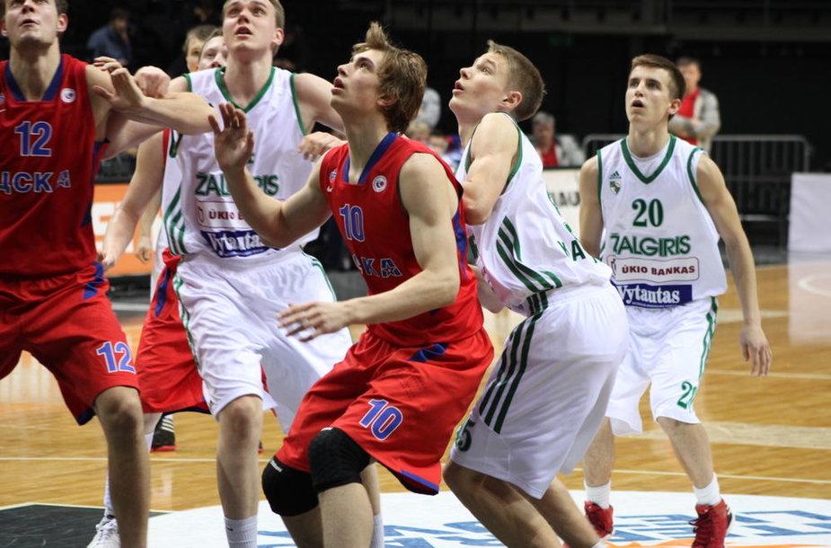 """Kauno """"Žalgirio"""" ir Maskvos CSKA jaunimo komandų mūšis dėl pirmosios vietos Eurolygos B grupėje"""