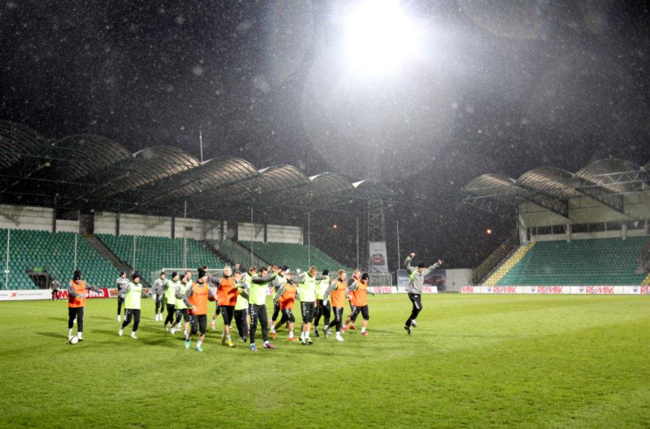 Lietuvos futbolo rinktinės apšilimas