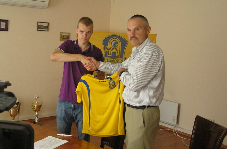 """Lukas Baranauskas ir """"Atlanto"""" komandos vadovas Vaclovas Lekevičius"""