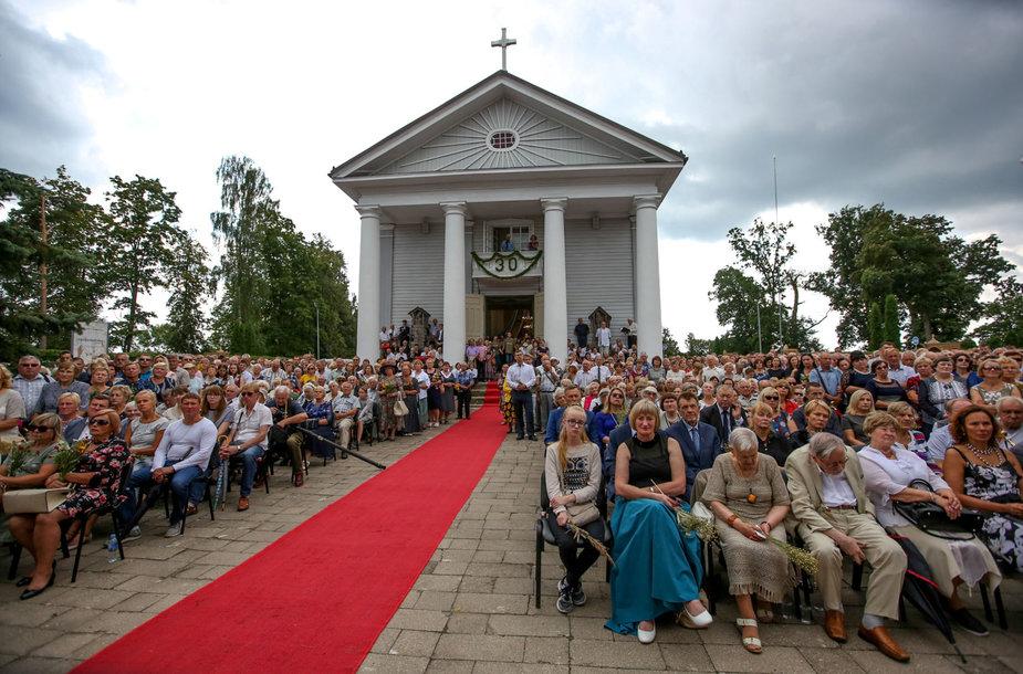Žolinės atlaidai Pivašinių bažnyčioje