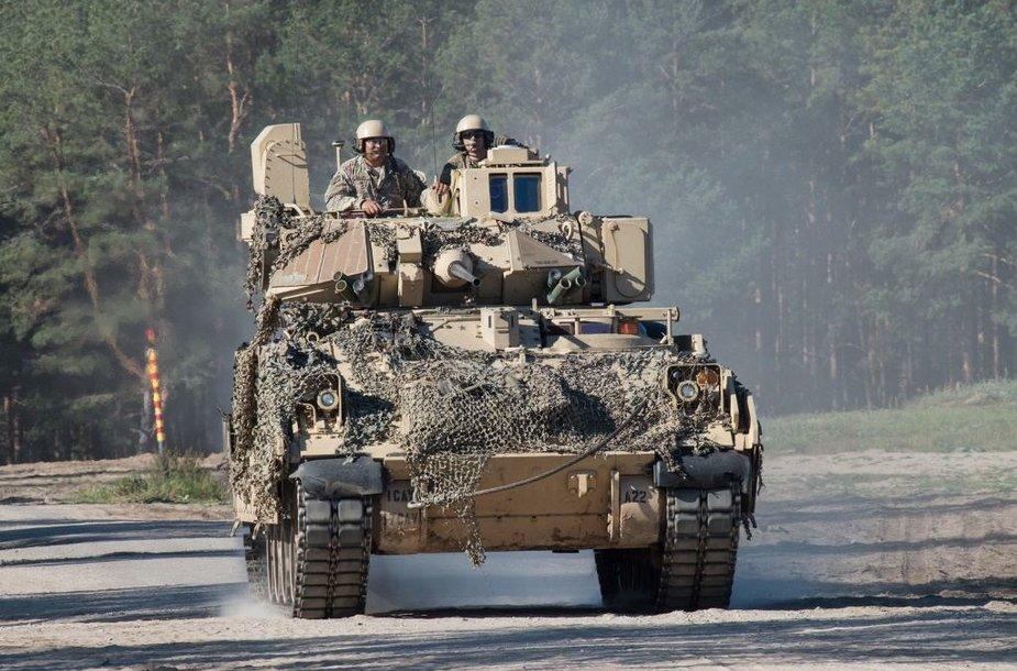 Pabradėje naują šaudyklą per pratybas išbandė Lietuvos, JAV ir NATO bataliono kariai