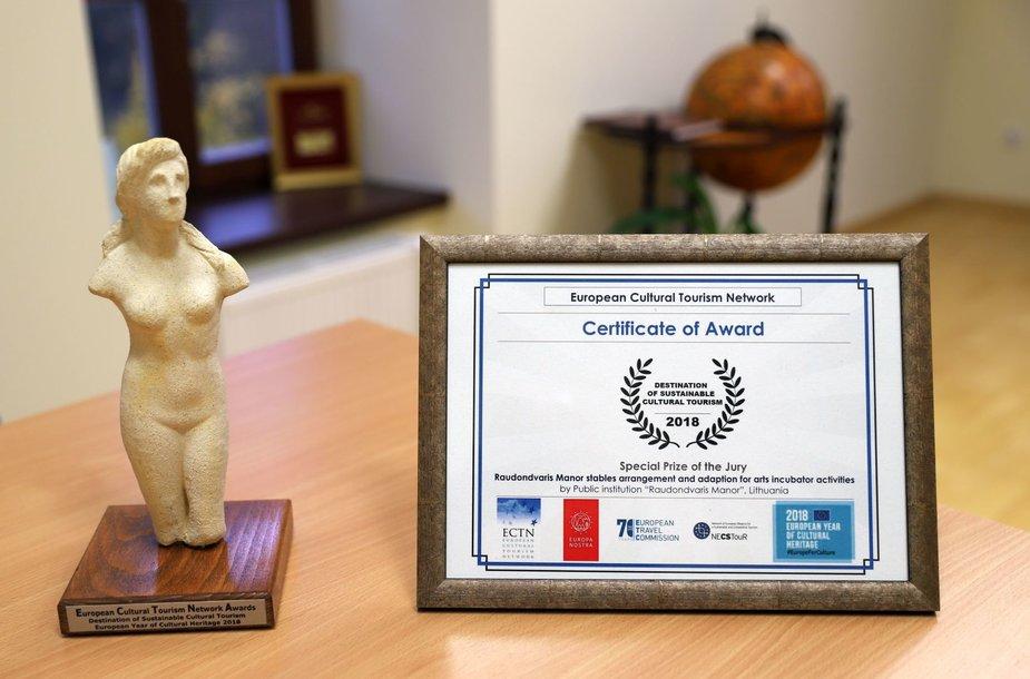 Europos kultūrinio turizmo tinklo specialusis apdovanojimas ir sertifikatas Raudondvario menų inkubatoriui