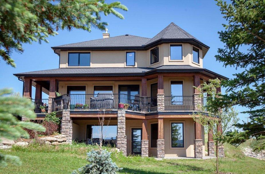 Kanadoje parduodamas prabangus namas už 19 dolerių