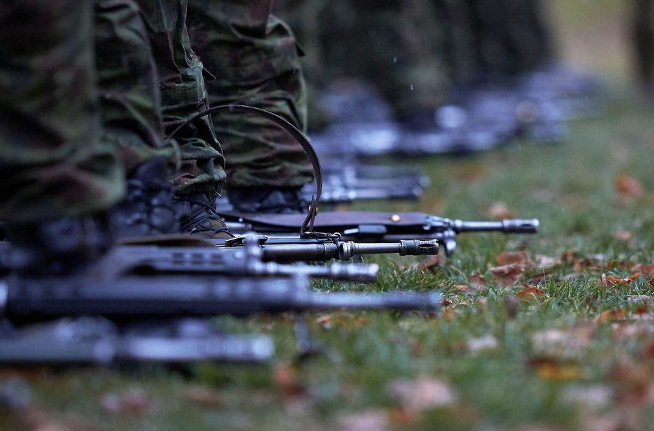 Jaunesniųjų karininkų vadų mokymai