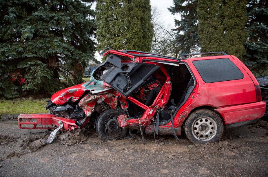 """Volkswagen"" po avarijos"