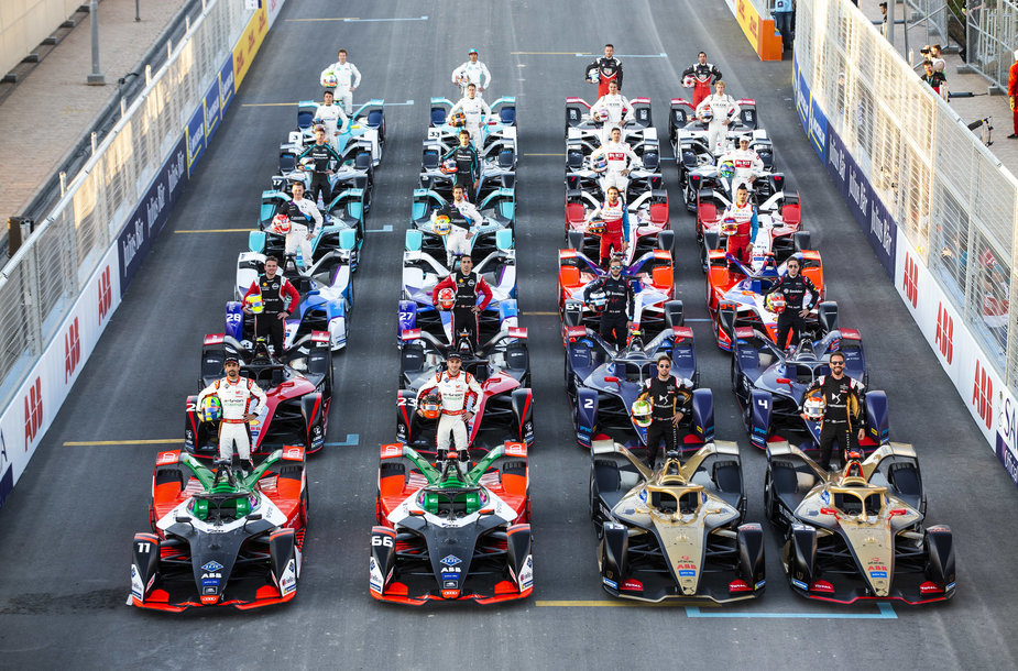 """Formulės-E"" komandos ir pilotai"