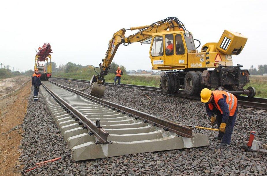 Geležinkelio tiesimo darbai