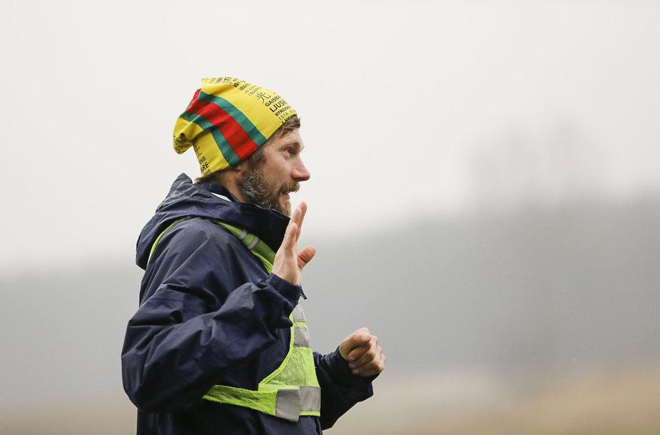 Neįtikėtinas finišas jau čia pat: iš Dakaro bėgantis Aidas Ardzijauskas – netoli Lietuvos
