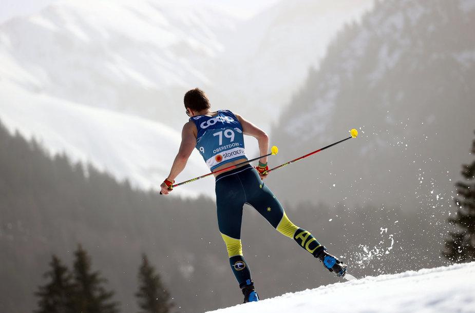 Vokietijos Alpių miestelyje Oberstdorfe prasidėjo pasaulio slidinėjimo čempionatas.