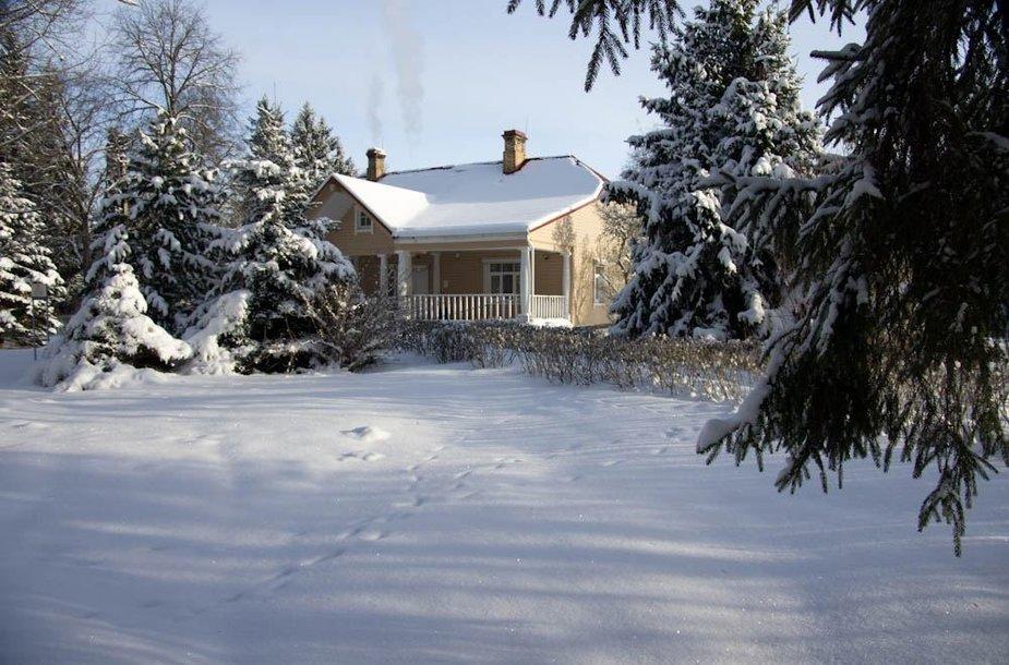 Grafo Tiškevičiaus medžioklės namai Purviniškėse