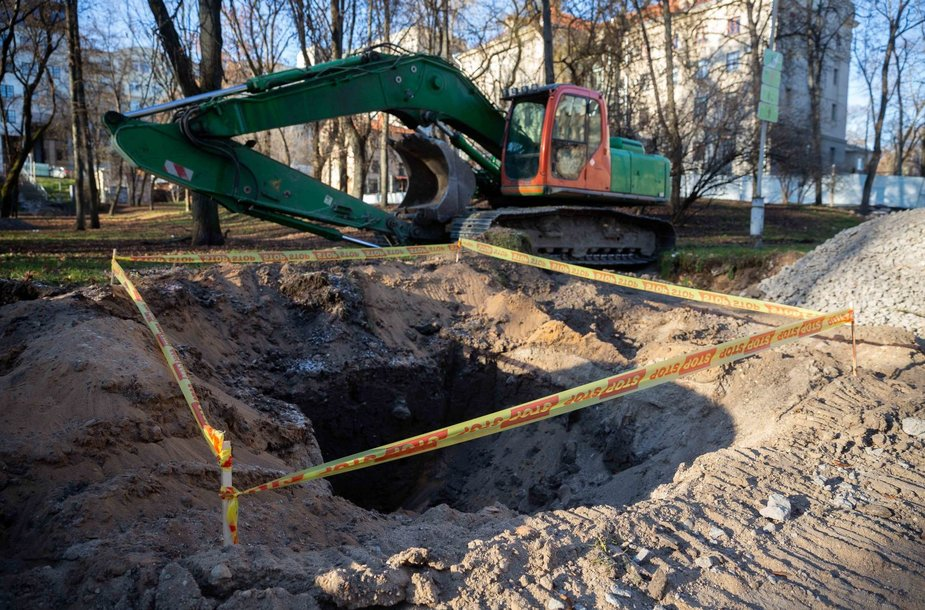 Archeologai pristatė Reformatų skvere atkastus radinius