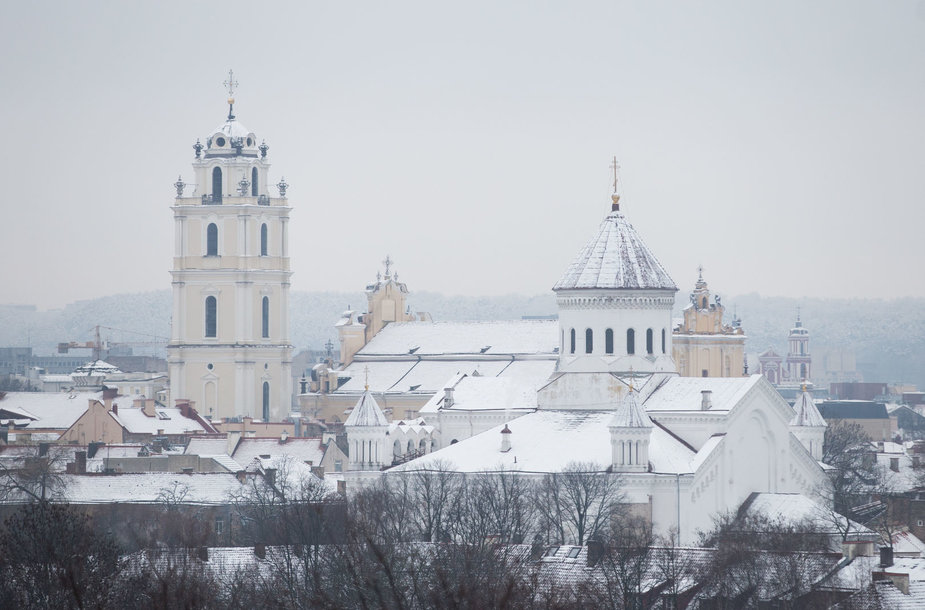 Sniegas užklojo Vilnių