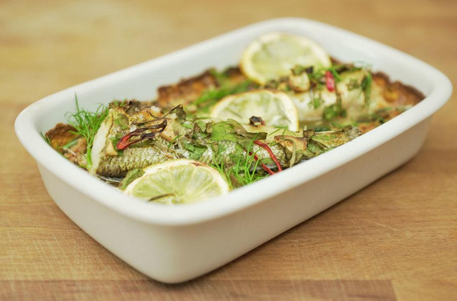Žuvis su lęšiais ir daržovėmis