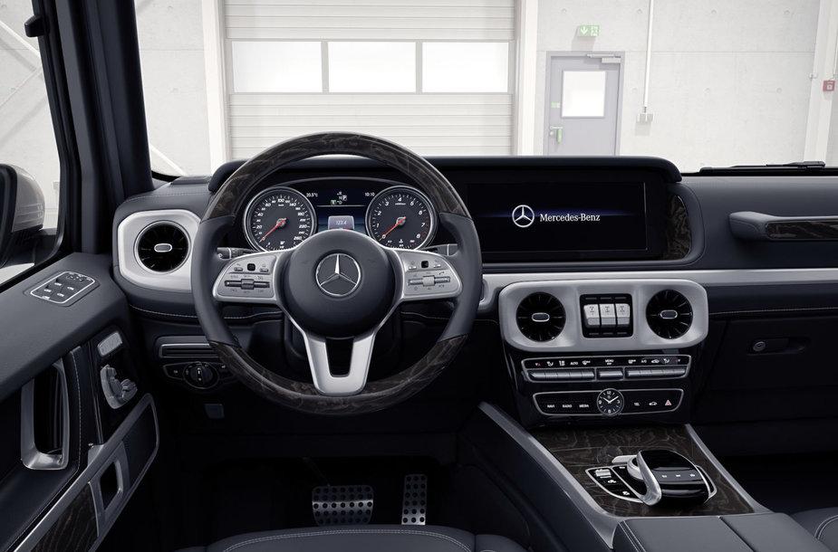 """Naujojo """"Mercedes-Benz"""" G klasės visureigio interjeras"""