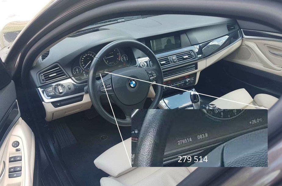 BMW salono nuotrauka, kurioje prietaisų skydelyje matoma rida skiriasi nuo to, ką sako pardavėjas