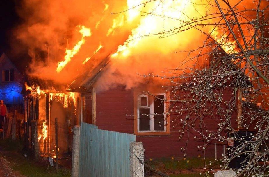 Vakarykštis gaisras Radviliškyje