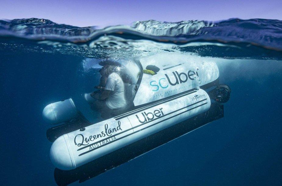"""Pirmoji pasaulyje povandeninė turistinė ekskursija """"Uber"""" povandeniniu laivu"""