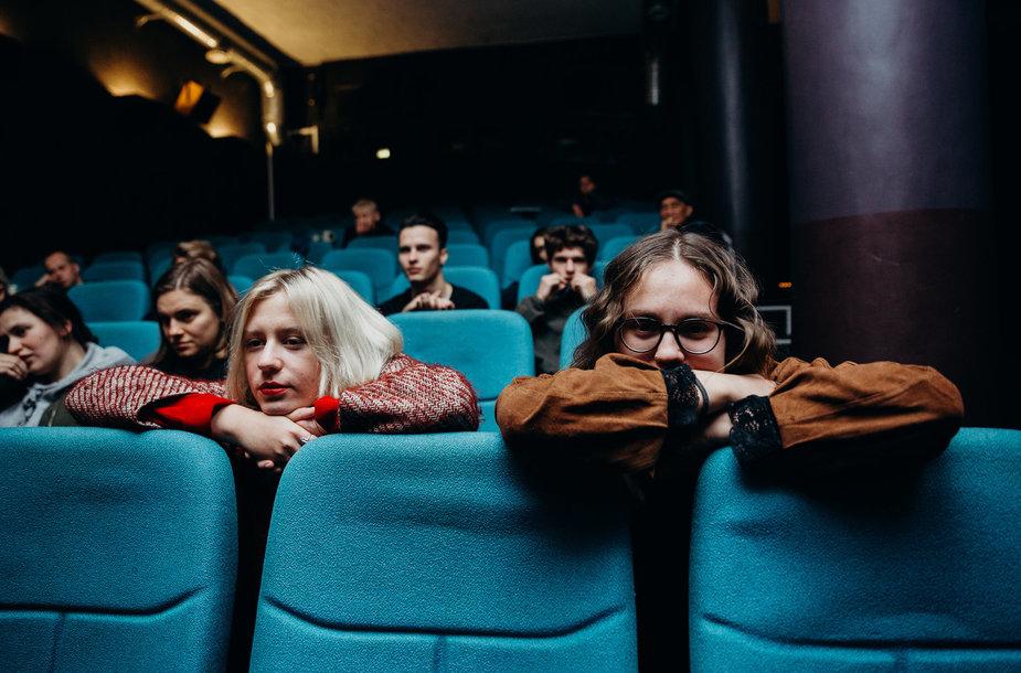Kino salėje