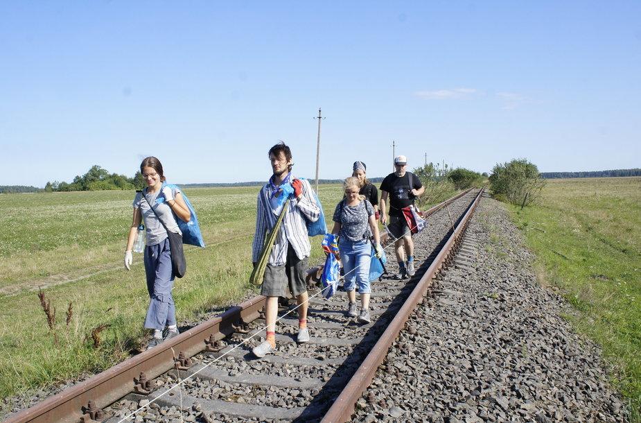 """1200 km žygio """"Už švarią Lietuvą!"""" dienoraštis: Lenkimai – Skuodas, 21,5 km"""