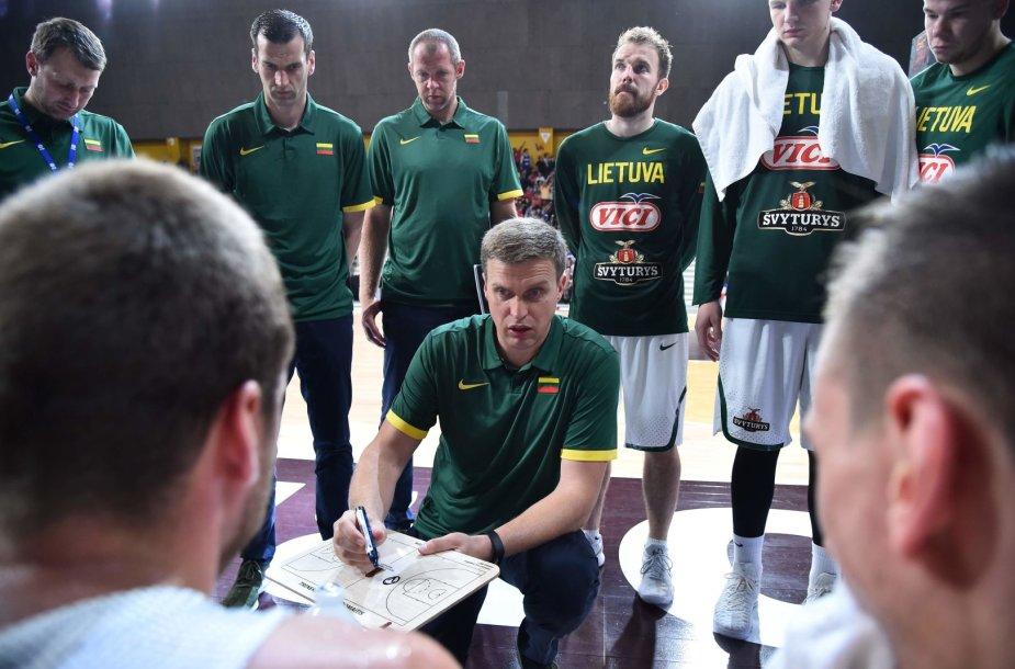 Dainius Adomaitis ir Lietuvos rinktinė turnyrą Prancūzijoje baigė be pergalių.