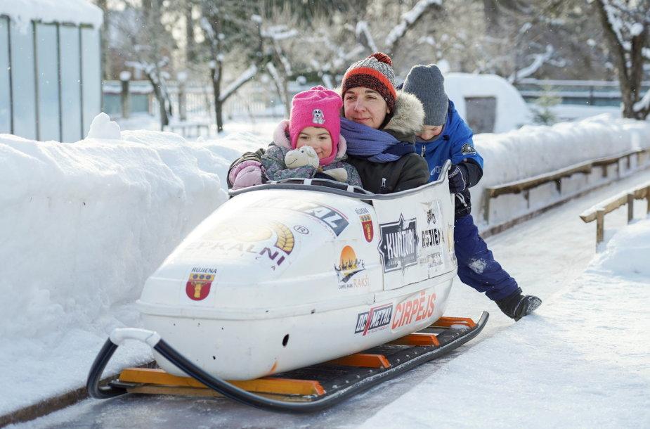 Latvija skyrė lėšų vienkartinei išmokai už kiekvieną vaiką