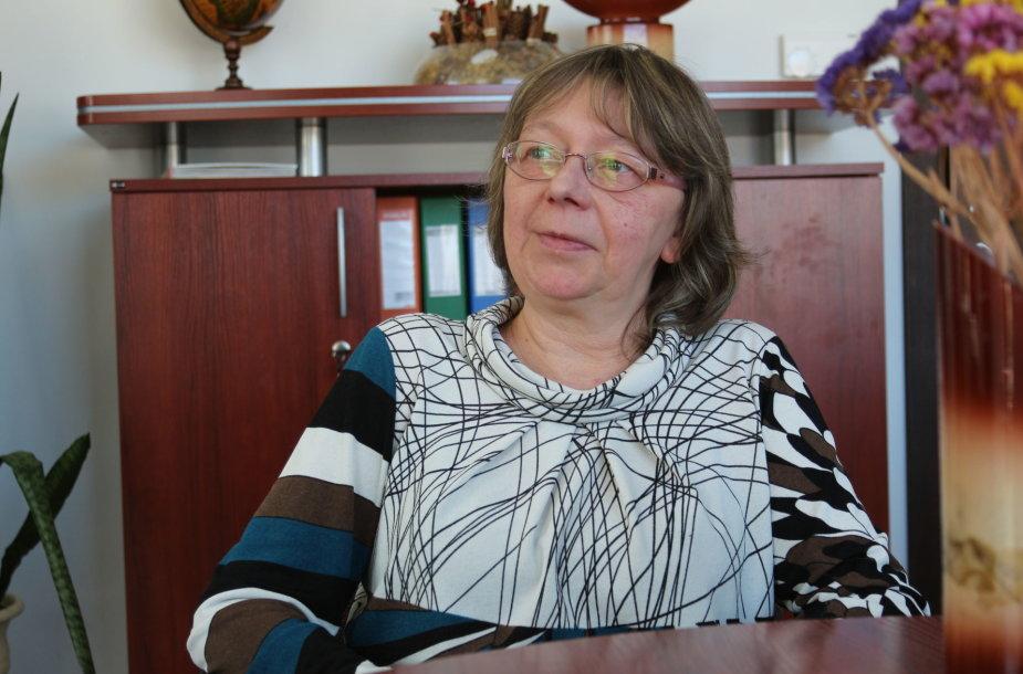 Klaipėdietė trijų dukrų mama Laima Drogoveikienė subūrė sparčiai populiarėjančią grupę socialiniuose tinkluose, ieškančią paramos skurstančioms šeimoms.