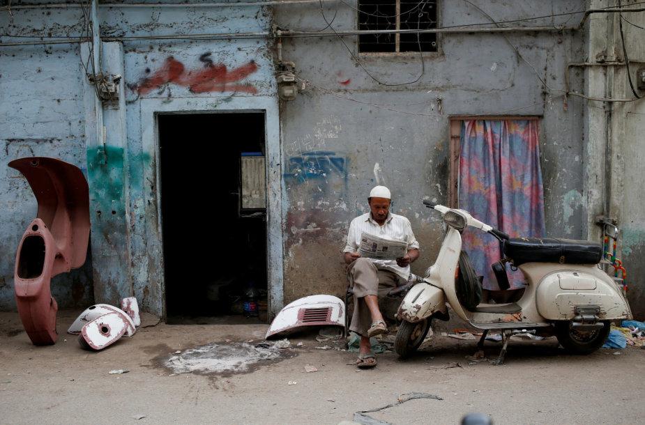 "Pakistane itin mylimi ""Vespa"" motoroleriai"
