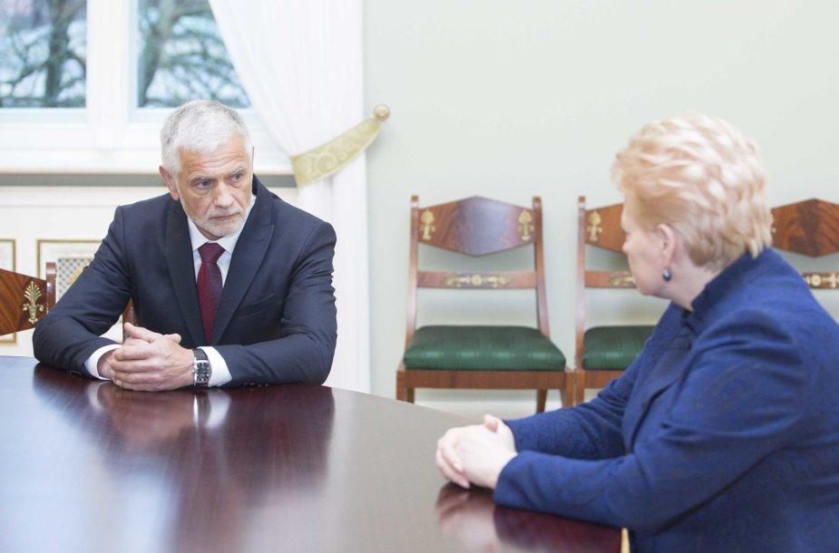 Prezidentė susitiko su kandidatu į žemės ūkio ministrus Broniumi Markausku