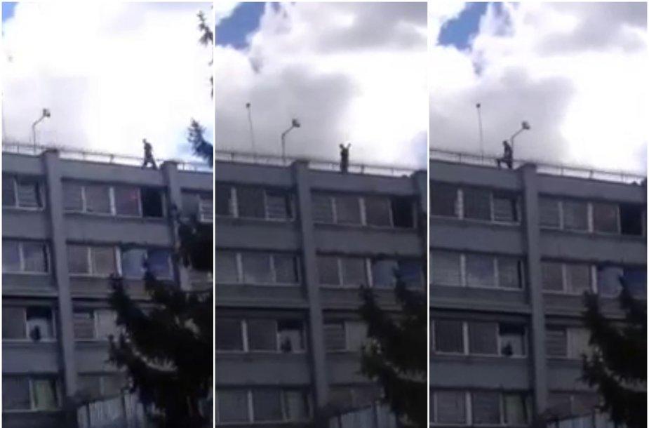 Ant Kybartų pataisos namų stogo užlipo nuteistasis