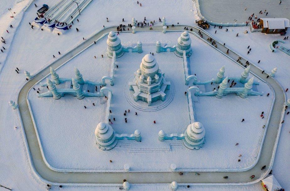 Sniego ir ledo skulptūrų festivalis Kinijoje