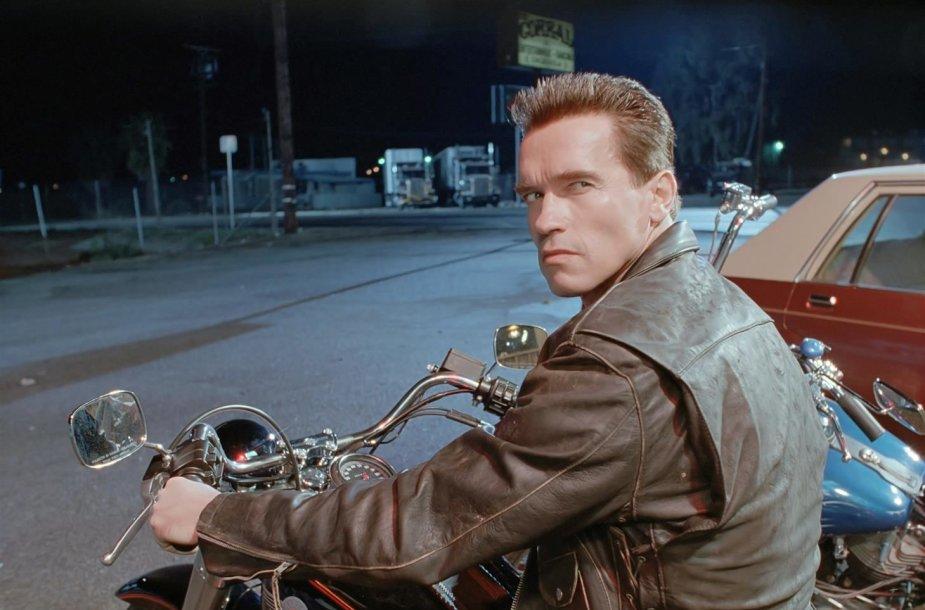 "Arnoldas Schwarzeneggeris filme ""Terminatorius 2: Paskutinio teismo diena"""