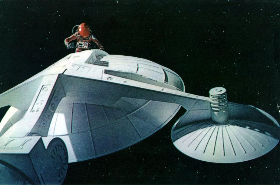 """Kadras iš filmo """"A Space Odyssey"""""""