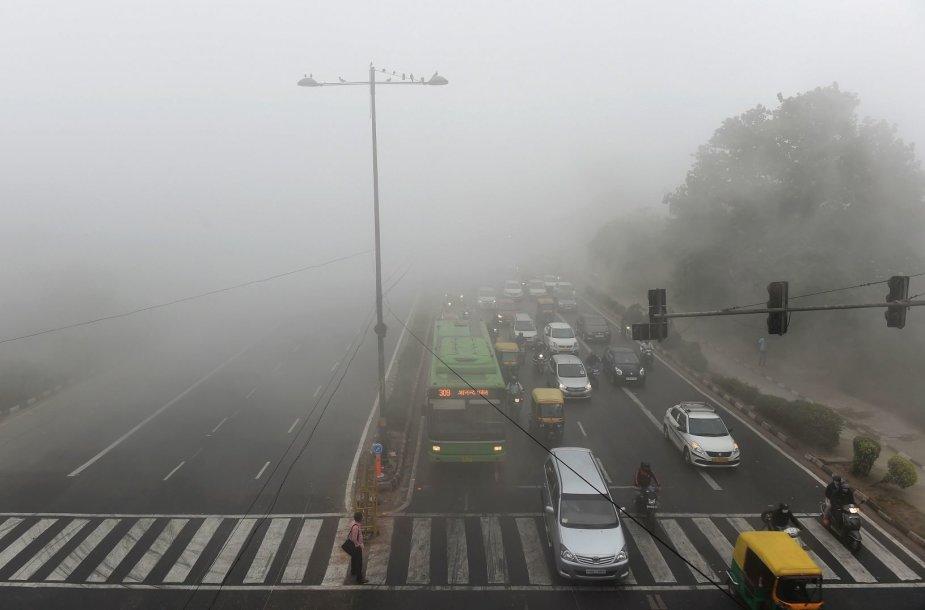 Smogas Delyje