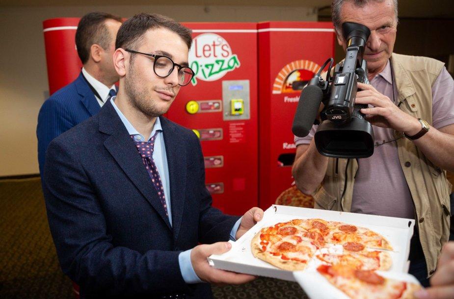 Picų kepimo automato pristatymas
