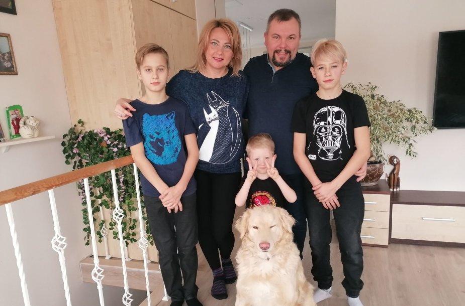 Marius Kuitniauskas su šeima