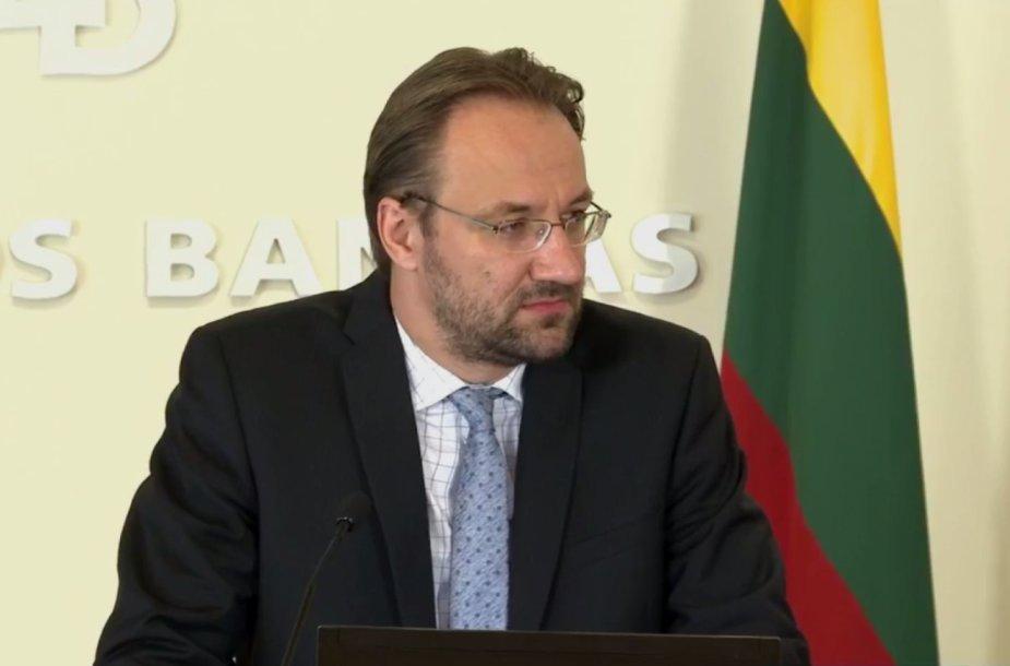 Lietuvos banko Ekonomikos ir finansinio stabilumo tarnybos direktorius Gediminas Šimkus.