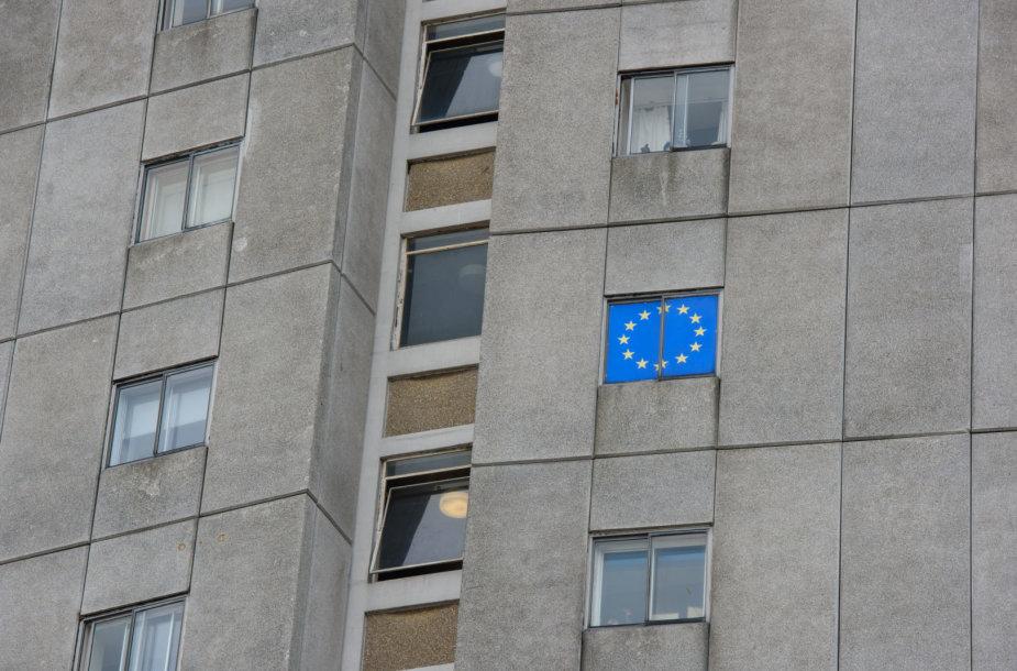 Ekspertų teigimu, Lietuvai reikėtų nusipurtyti pigios ir skurdžios šalies statuso