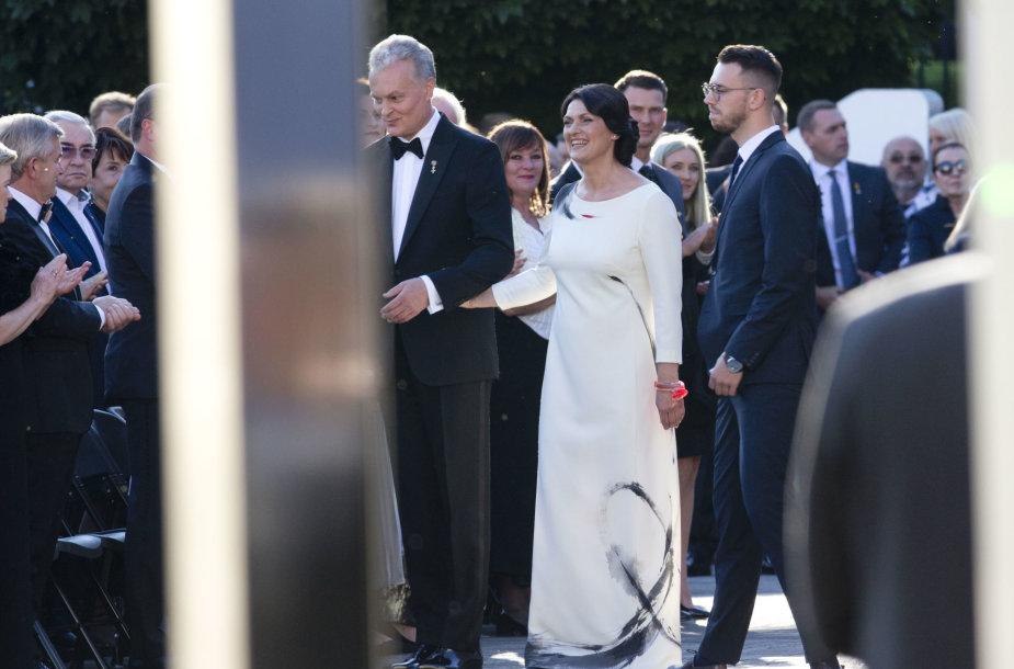 Iškilmingas priėmimas Lietuvos Respublikos Prezidento rūmų vidiniame kieme
