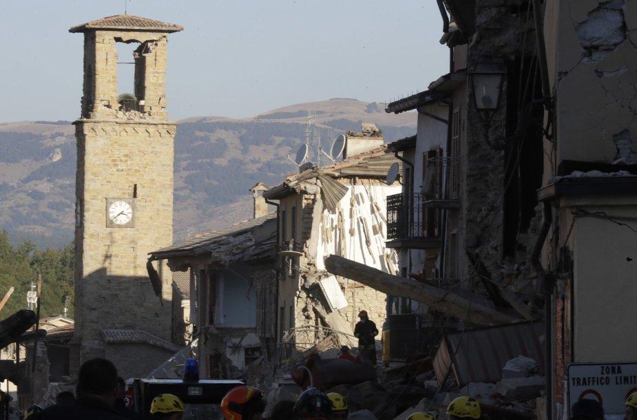 Italija po žemės drebėjimo