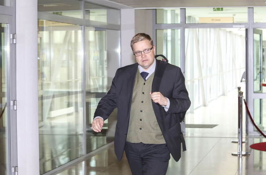 Vitas Vasiliauskas atsako į Seimo narių klausimus