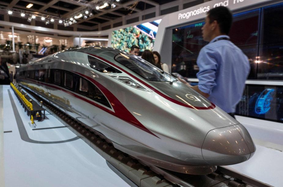 Kinijos bendrovės CRRC greitojo traukinio maketas