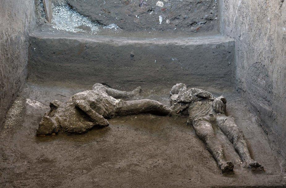 Pompėjoje rasti vyro ir jo vergo palaikai