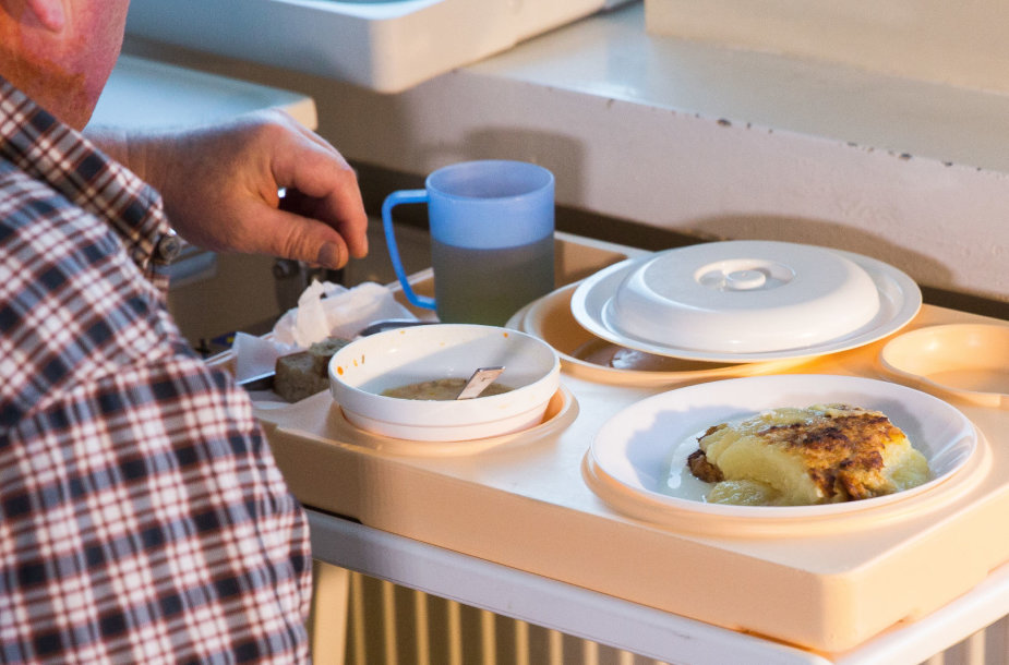 Pacientų maisto tikrinimas Lazdynų ligoninėje