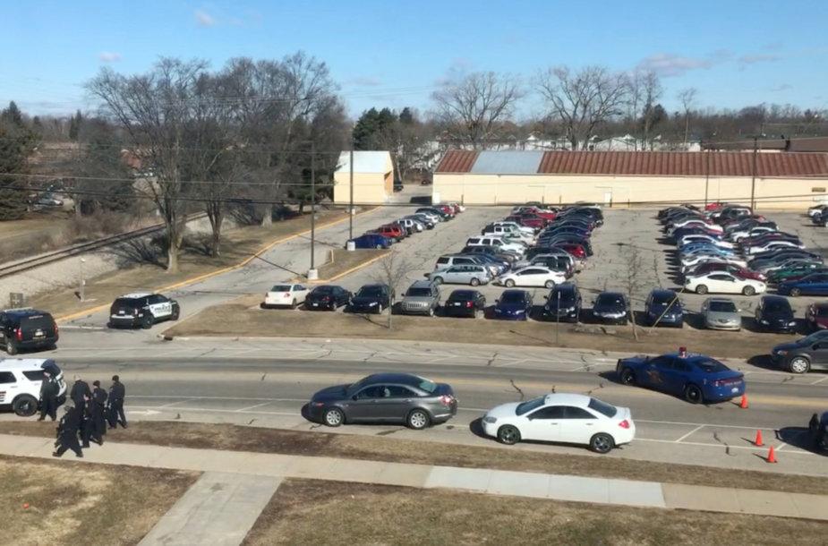 JAV Mičigano valstijos universiteto miestelyje nušauti du žmonės