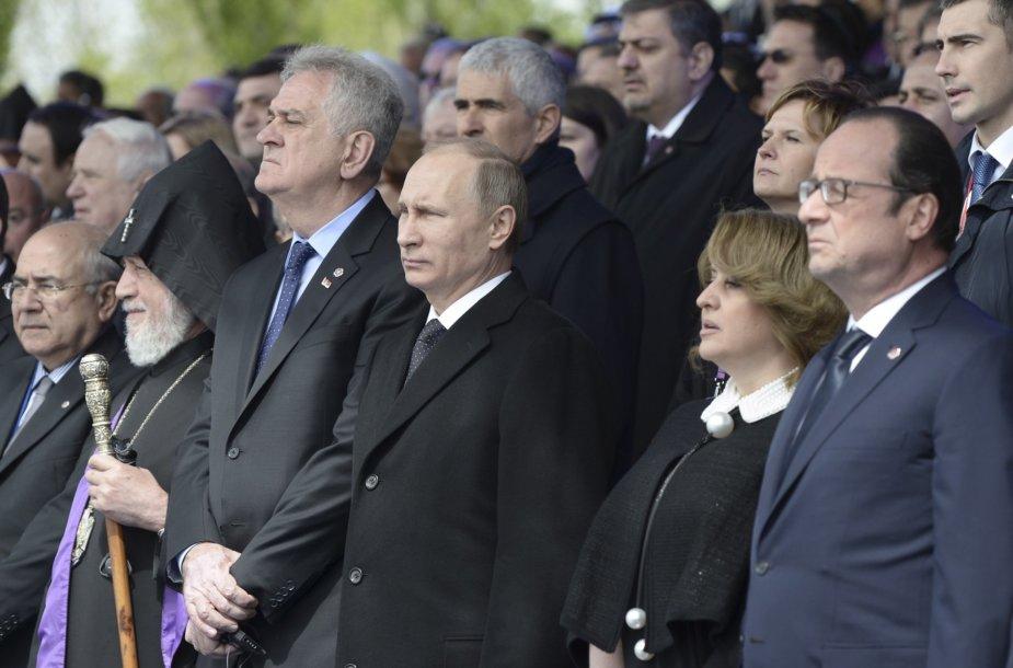 Armėnų genocido 100-sios metinės suvedė Prancūzijos ir Rusijos lyderius