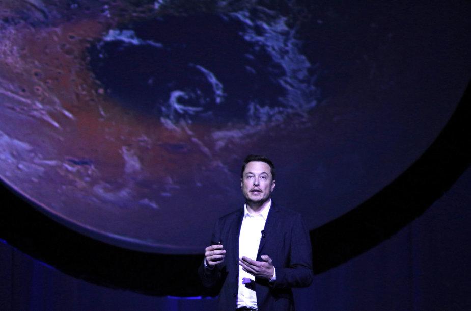 Elonas Muskas pristatė Marso kolonizavimo planus