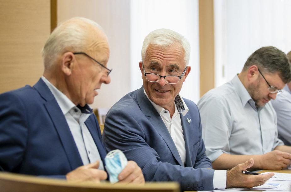 Juozas Imbrasas, Dainius Kepenis