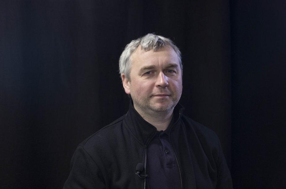 """15min studijoje — """"Sodros"""" direktorius M.Sinkevičius ir ekonomistas R.Kuodis"""